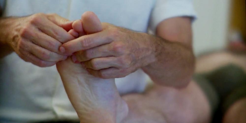 Foot-Roger-1.jpg