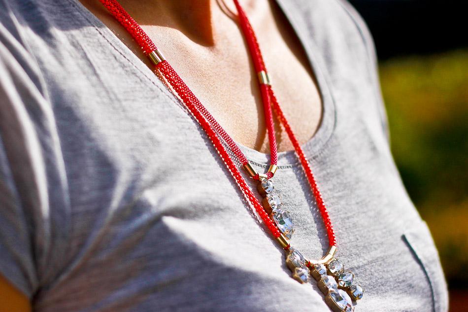 H&M neon necklace