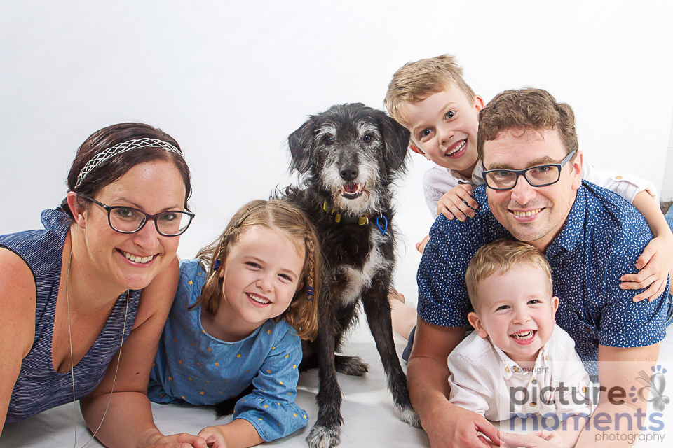 Picture Moments pet family122.JPG