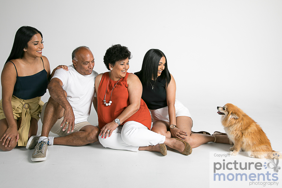 Picture Moments pet family153.JPG