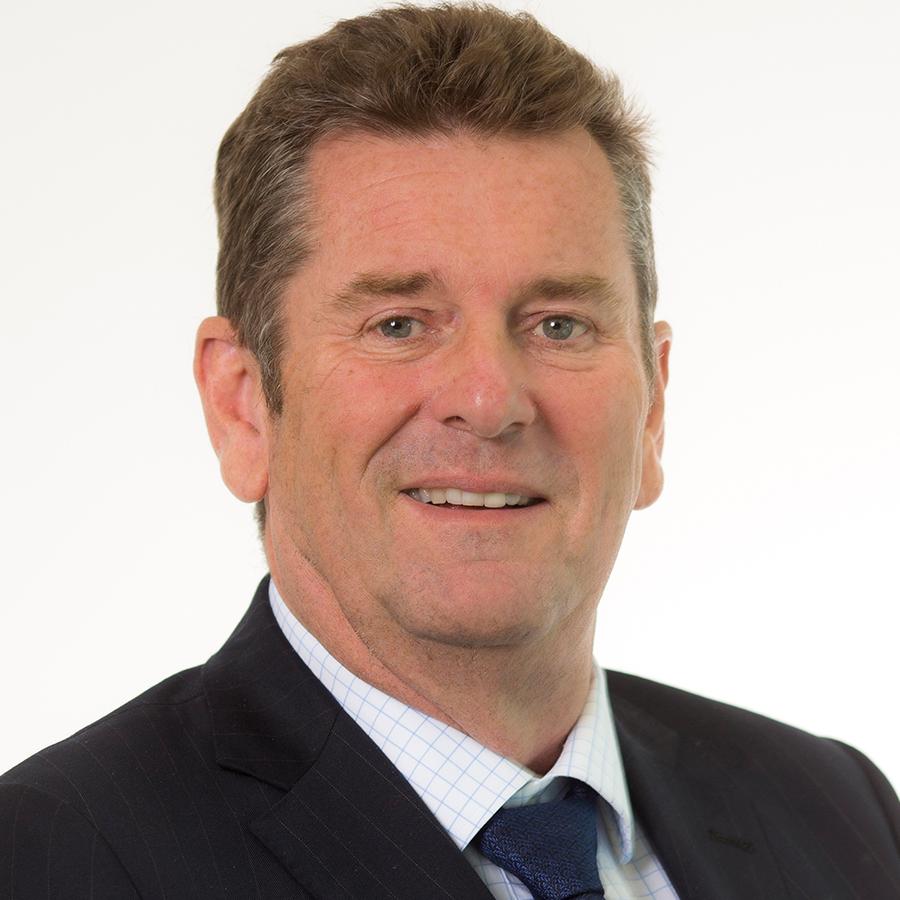 Headshot of Geoff Roberts