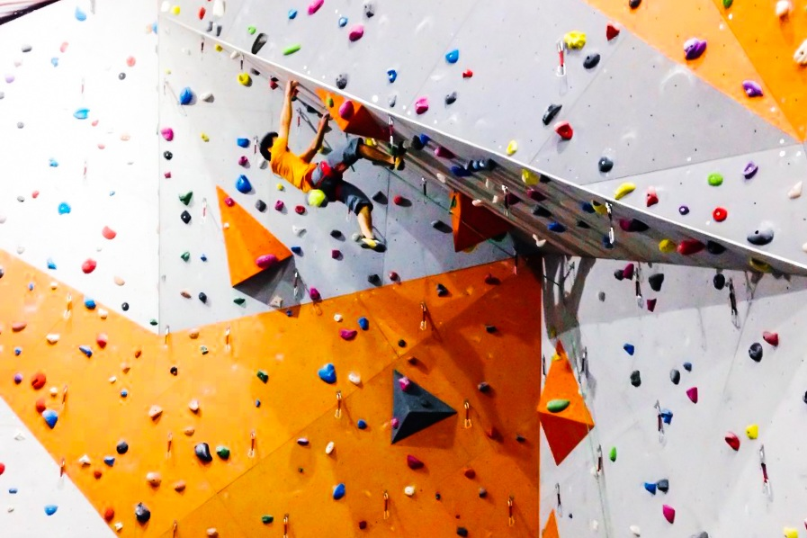 Manila, Philippines - The Portal, Mayflower St.Greenfield District, Mandaluyong City, Metro Manila 1552Weekdays | 1pm - 10pmWeekends and PH | 10am - 10pmTel | +63 2 721 8307Email | info@climbcentral.phWebsite | http://climbcentral.ph