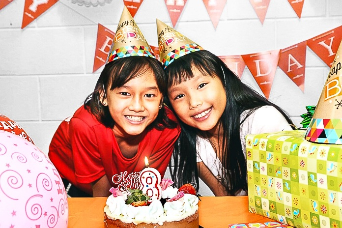BIRTHDAY PARTY - Let's rock this party!Our celebration package will keep everyone high and happy!