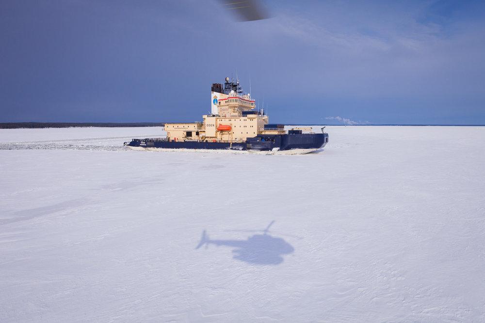 Helikoptertransport från isbrytaren Oden