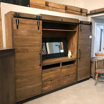 Woodhaven Furniture   HDTV