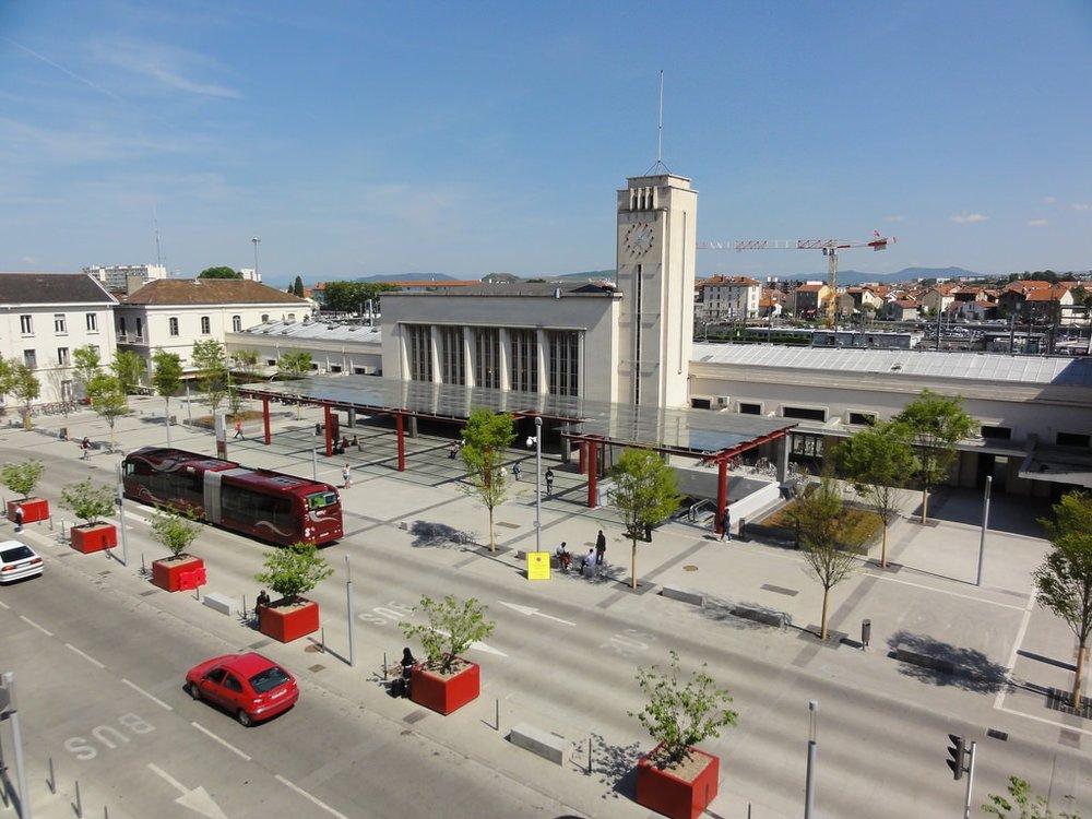 By Train - Daily trains from Paris (Paris Bercy Bourgogne – Pays d'Auvergne)Links to Béziers, Lyon, Nîmes, Toulouse.For full schedules visit:https://uk.voyages-sncf.com/en/#/