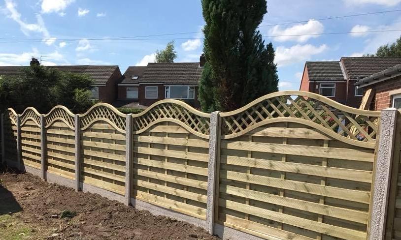 Leigh Fencing - A Poynton based contractor specialising in fencing.MATT 07969288751
