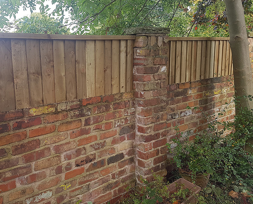 continuous-featherboard-13-tatton-fencing.jpg