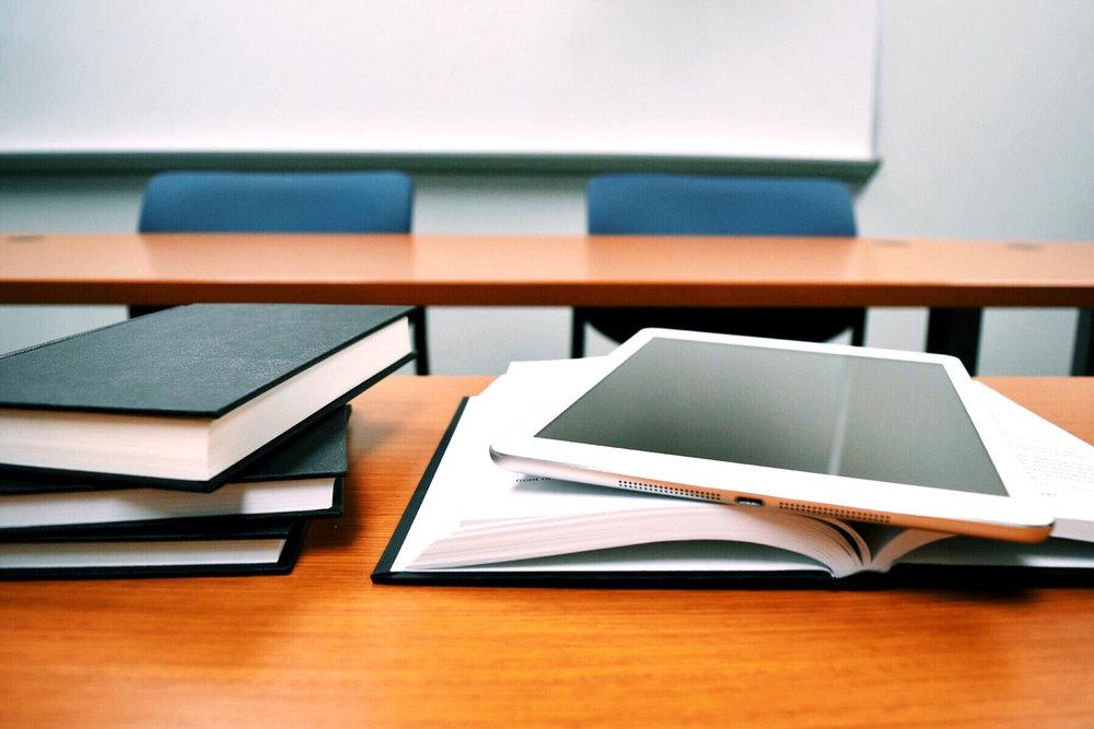 books-classroom-close-up-289737.jpg