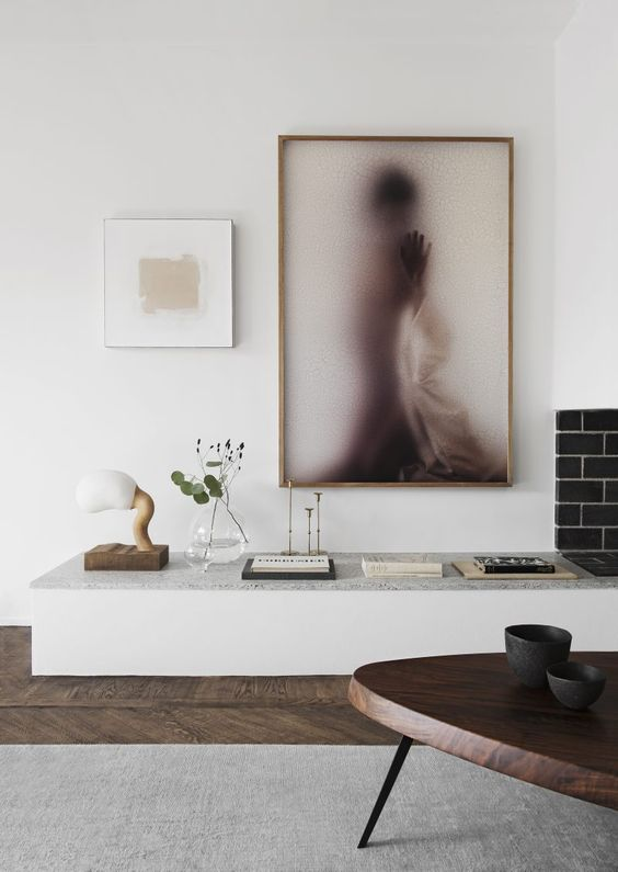 Coffee Table Mexique by Charlotte Perriand for Cassina | Hand Knotted Silk Rug from Knut