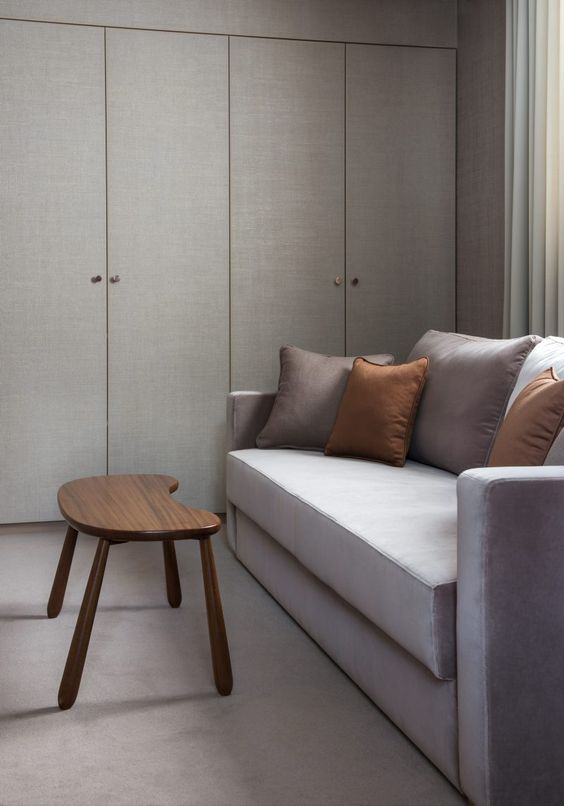 Home Office with Sofa Bed from Posh Living | Table from Svenskt Tenn
