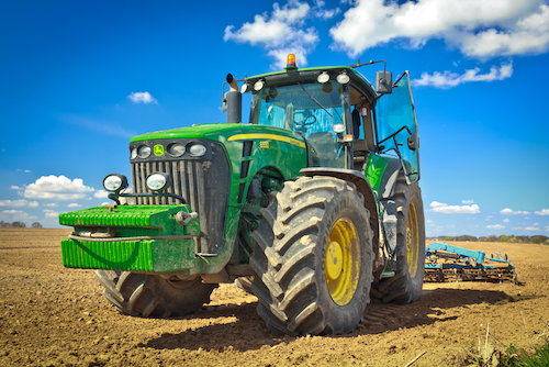 Tractor-iStock-471525283-copy-2.png