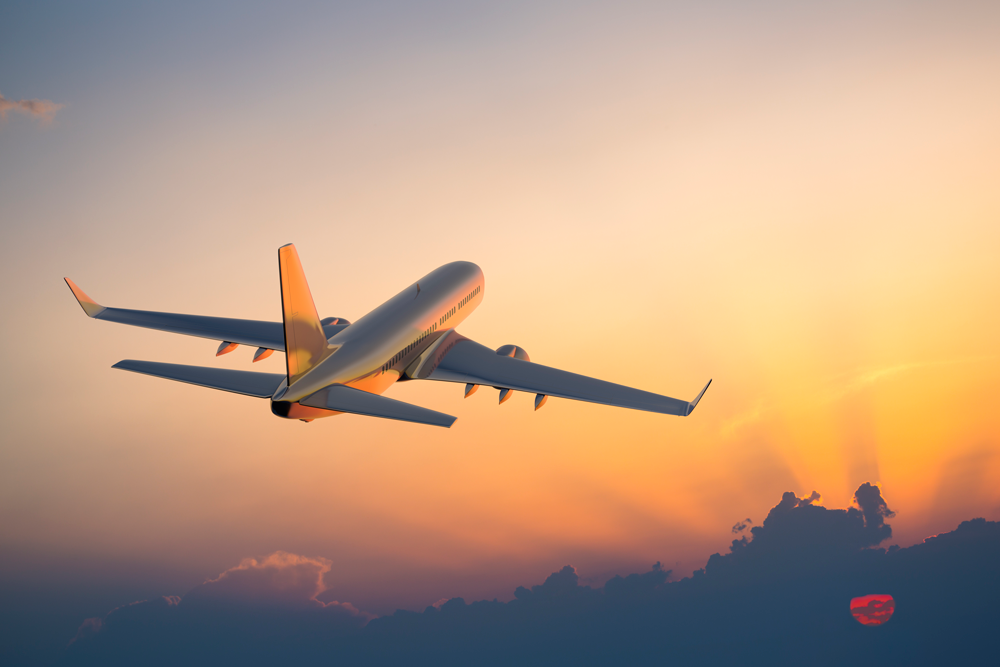 Plane-iStock-155439315-copy-2.png