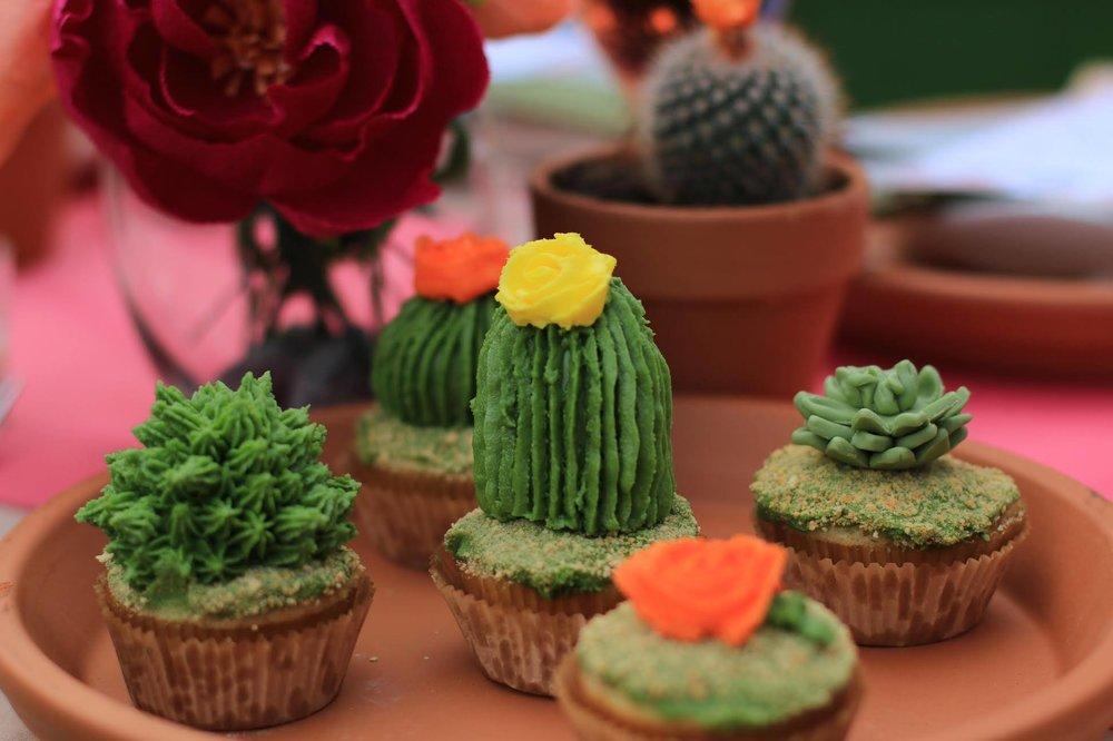 Cupcakes-Succulents.jpg