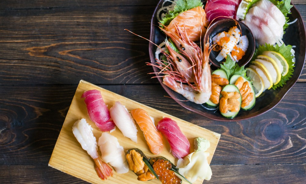 NIGIRI & SASHIMI - — eat fresh— — stay fresh —