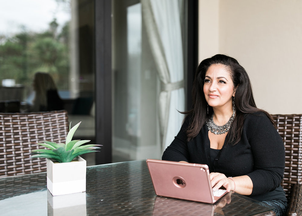 Speaker - Book Dr. Gigi to Speak