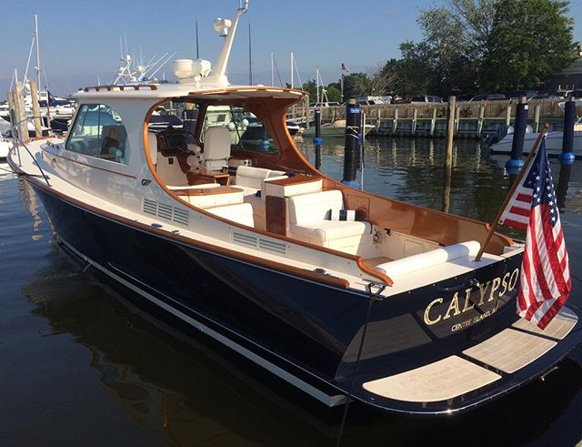This MKIII from #Hinckleyyachts is remarkable. #Hamptons #SagHarbor #Picnicboat #yachtmanagement