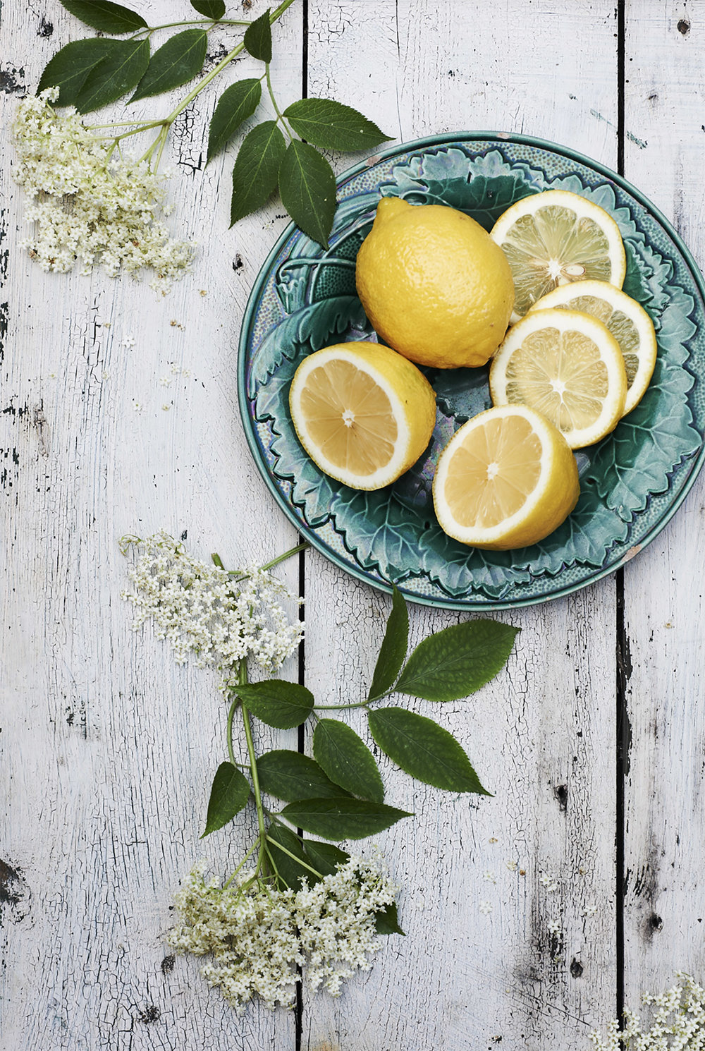 Elderflowers+lemons copy.jpg