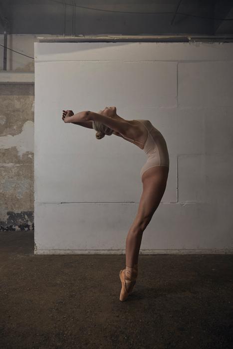 10_22_AMD_Ballerina5953.jpg