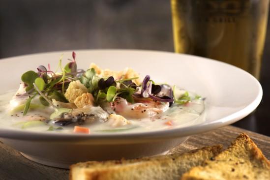 Stanleys-Bar-Grill-Seafood-Chowder-549x366.jpg