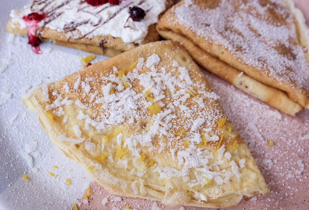The-Hungarian-Brunette-Healthy-Crepes-Recipe-3-decadent-sweet-fillings-8-of-11.jpg