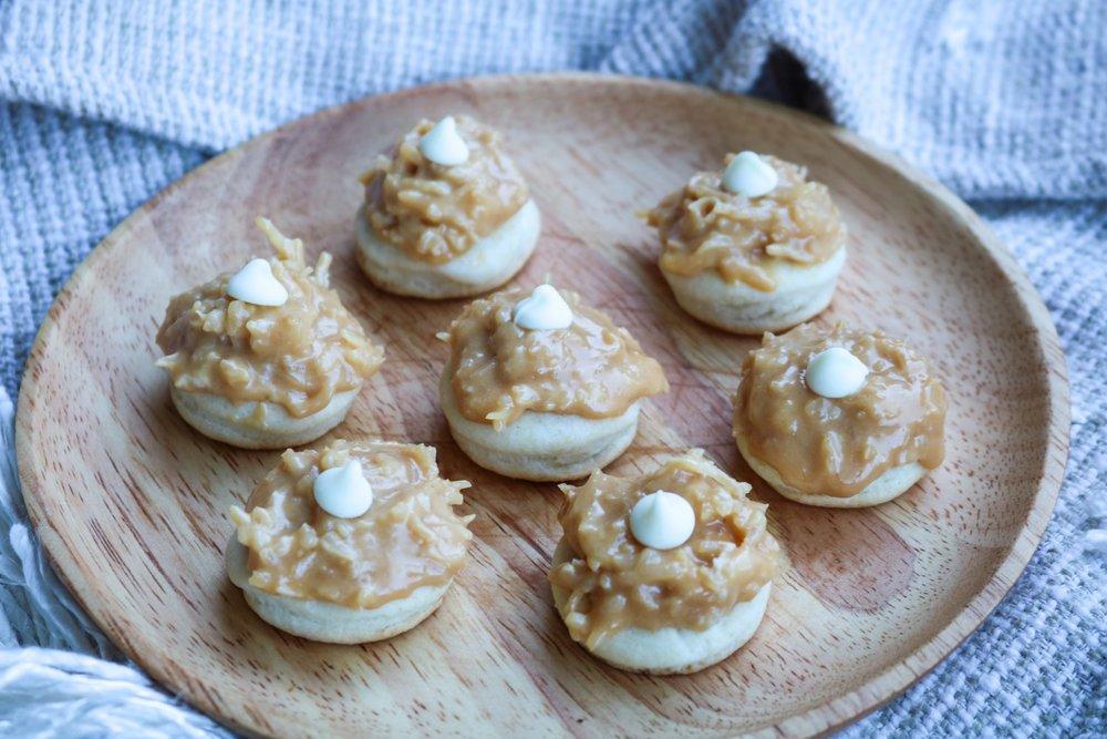 The-Hungarian-Brunette-Dulce-de-leche-coco-cookies-recipe-4-of-9.jpg