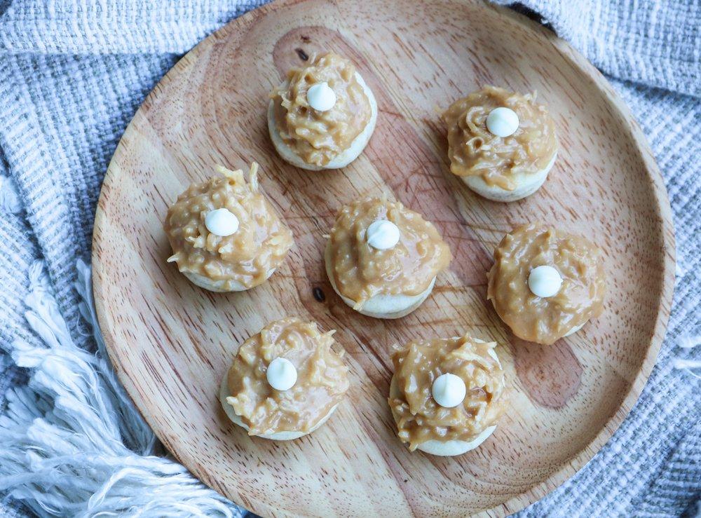 The-Hungarian-Brunette-Dulce-de-leche-coco-cookies-recipe-6-of-9.jpg