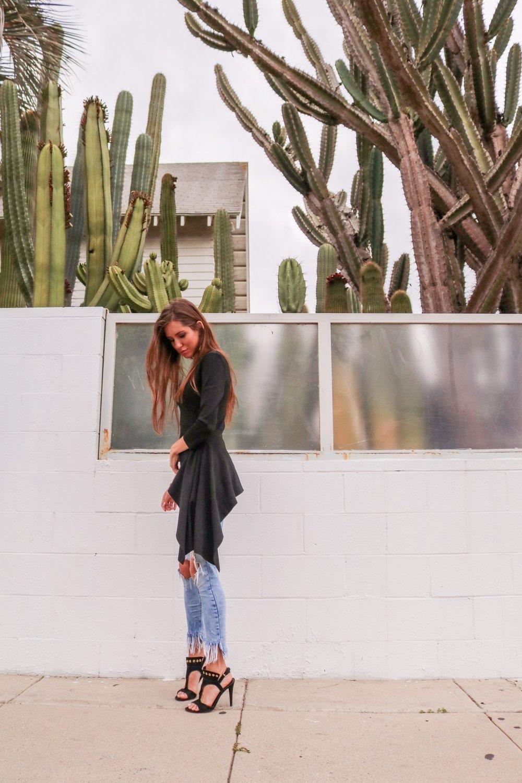 The-Hungarian-Brunette-black-asymetrical-sweater-11-of-14.jpg