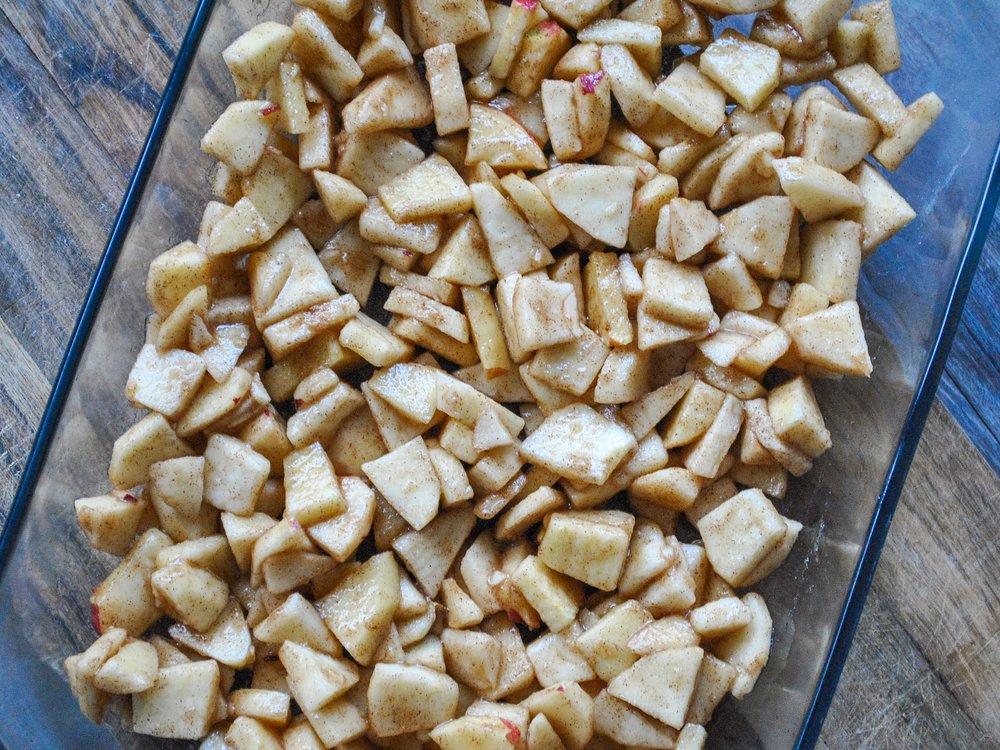 The Hungarian Brunette Apple Crumble Recipe (1 of 3).jpg