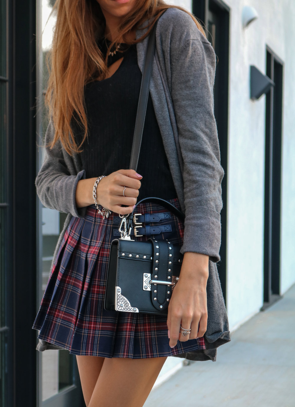 The Hungarian Brunette OOTD schoolgirl skirt + tips to my high-school self