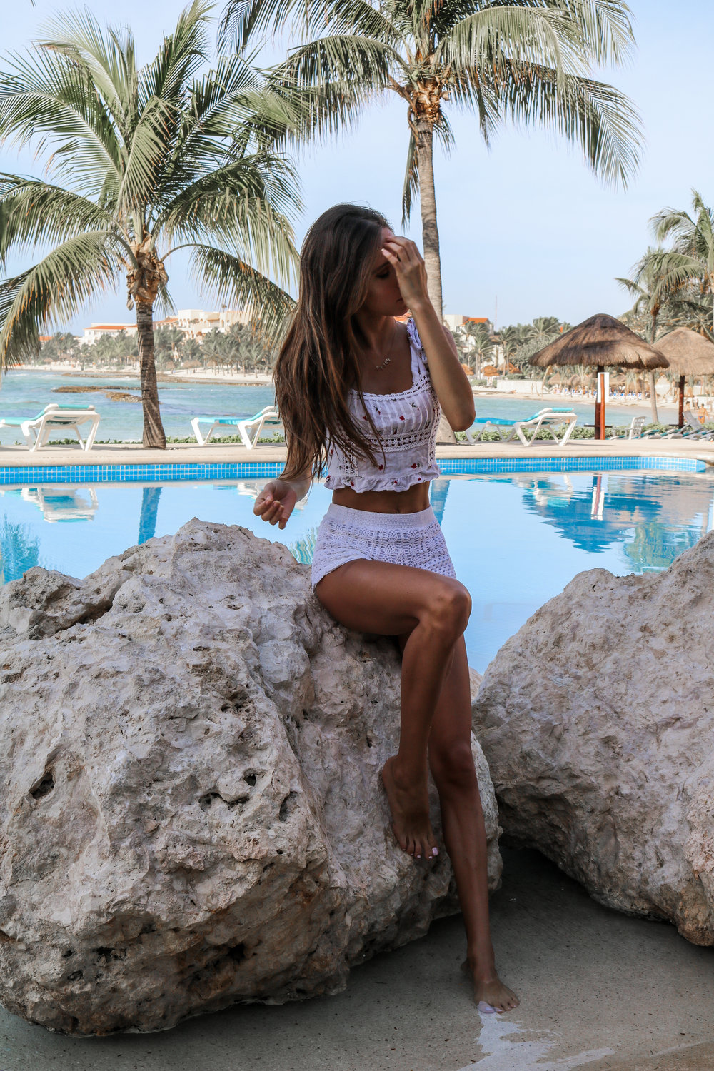 The Hungarian Brunette resort 2019, vacation style my mexico outfits (15 of 22).jpg