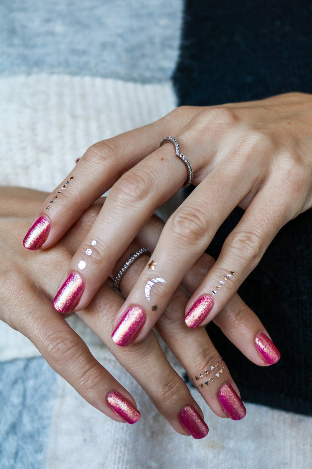 The+Hungarian+Brunette+Urban+Outfitter+nail+polish+in+Damsel+-+sparkly+pink+with+gold+undertones+%281+of+6%29.jpg