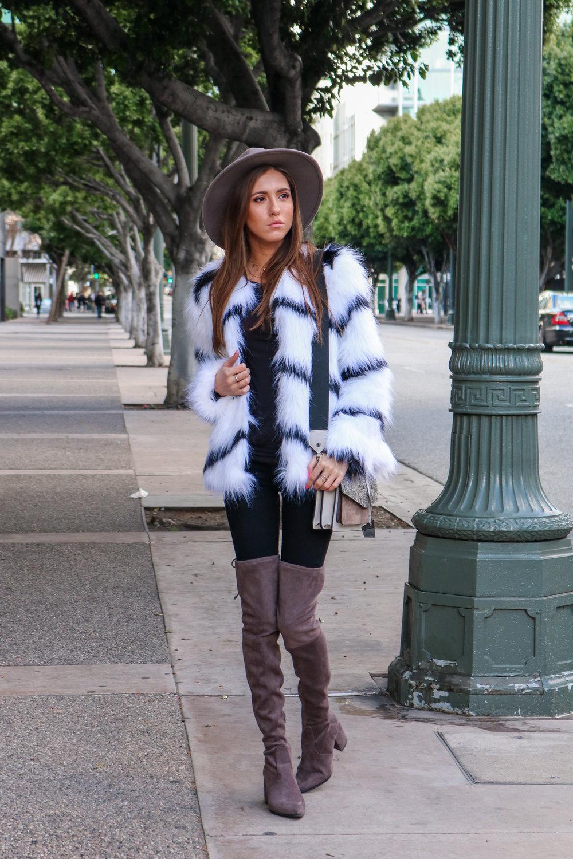 The Hungarian Brunette Black and white fur coat (3 of 80).jpg
