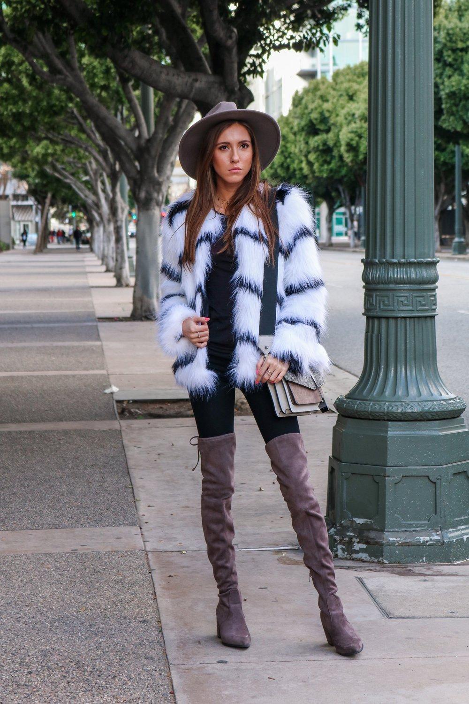 The+Hungarian+Brunette+Black+and+white+fur+coat+%285+of+80%29.jpg