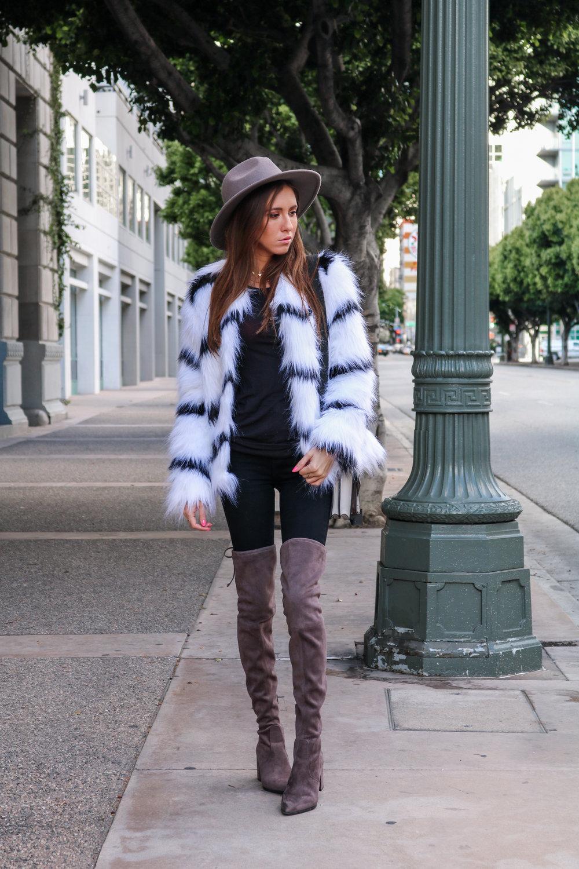 The Hungarian Brunette Black and white fur coat (16 of 80).jpg
