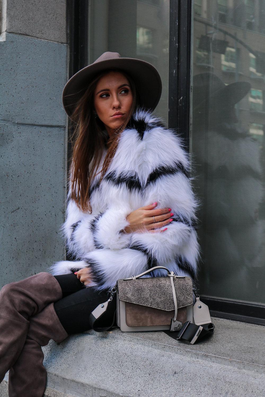 The Hungarian Brunette Black and white fur coat (58 of 80).jpg