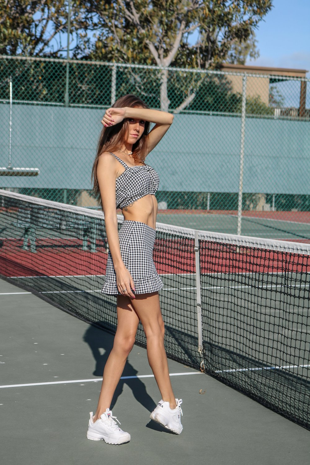 The+Hungarian+Brunette+gingham+set+%2812+of+13%29.jpg