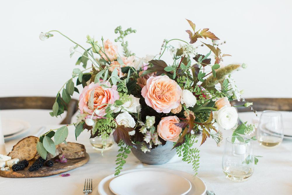 ashley-eileen-floral-design-garden-inspired-styled-session-wedding-centerpiece-denver-2.jpg