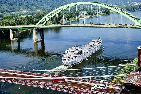 USS LST 325 sailing down the Ohio River in Wheeling, WV., 2010