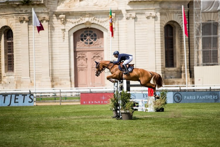 Yuri Mansur riding Vitiki - Chantilly, France
