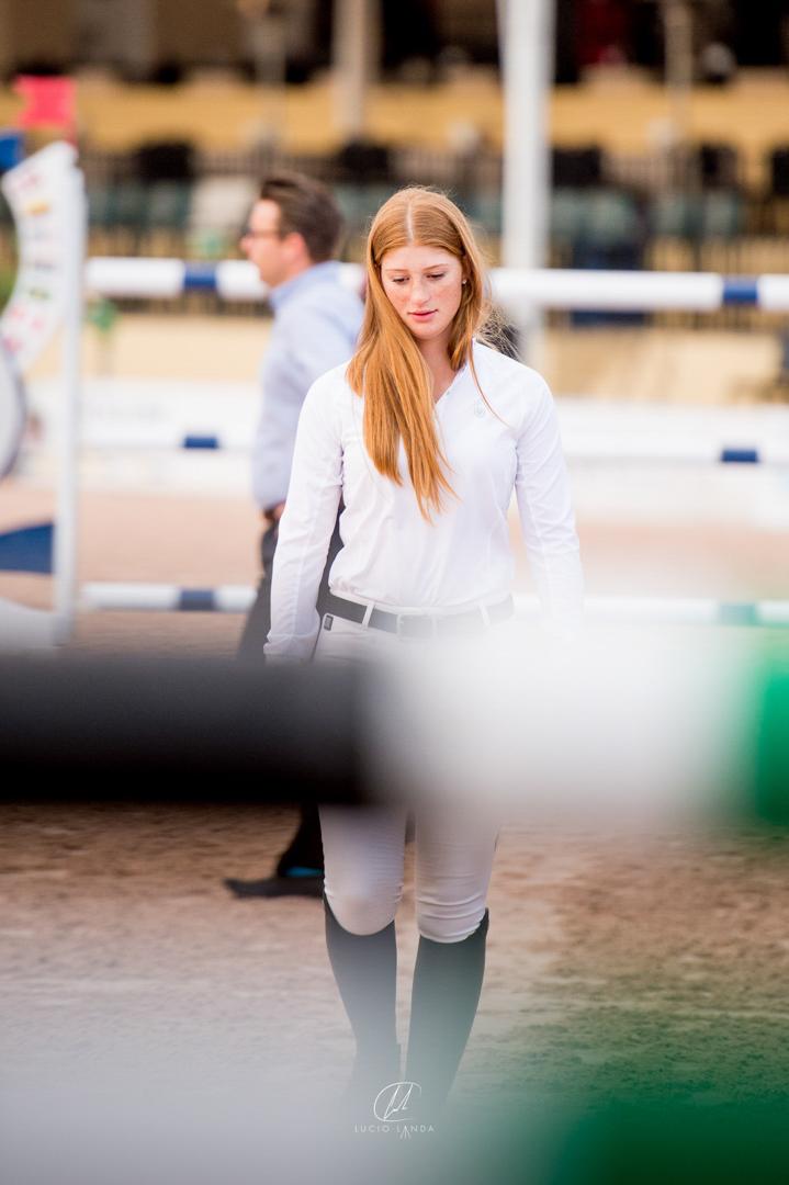 Jenn Gates at the 2016 Winter Equestrian Festival. Photo by Lucio Landa Photography.