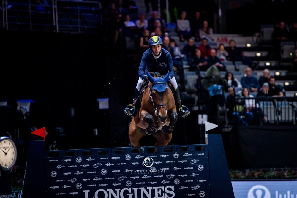 Yuri Mansur and Ibelle Ask in the GCL Prague Playoffs. Photo by Ashley Neuhof Photography.