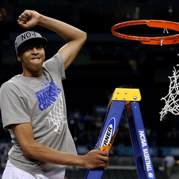 Anthony Davis cutting the net as a leader of the 2012 National Champion Kentucky Wildcats. Photo Credit: Jeff Gross | Getty Images