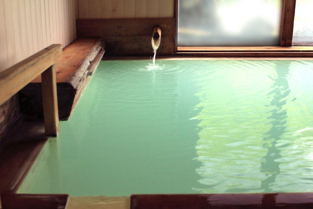 Mitsuru Okunada - 大浴場1.jpg