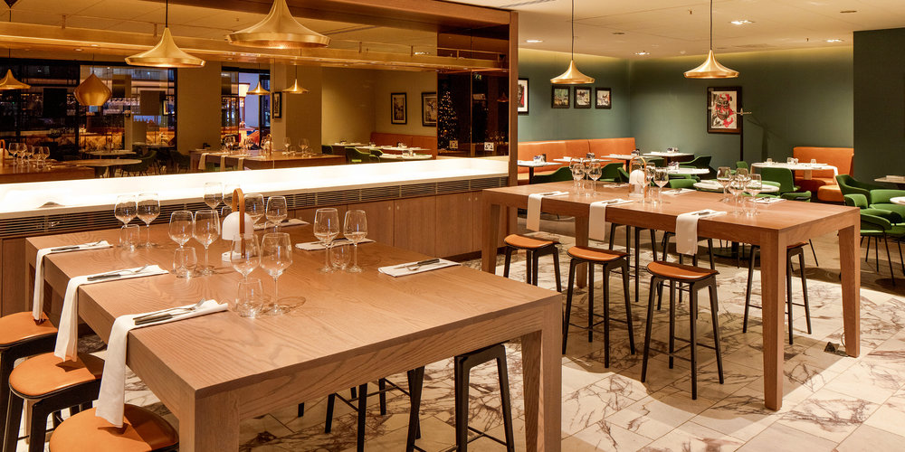 The Grahamston Kitchen I Restaurant high table seating area