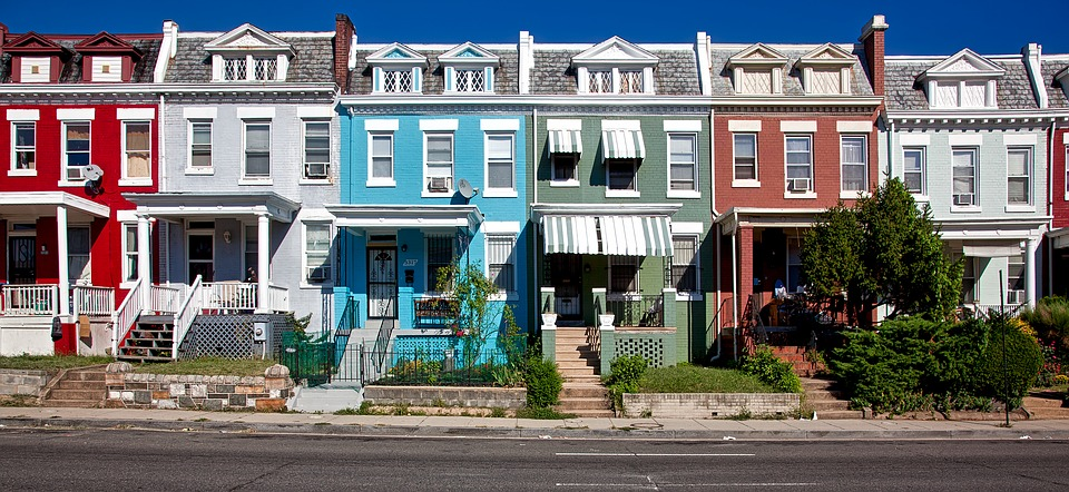 Row Houses In Washington DC.jpg