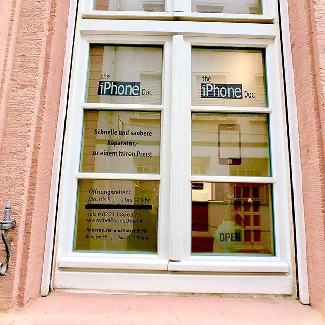 Wir sind Montag-Freitag 10-19 Uhr für Euch da.  #iphone #reparatur #iphonereparatur #heidelberg #heidelbergaltstadt #altstadtheidelberg #unterestrasseheidelberg #iphonedocheidelberg