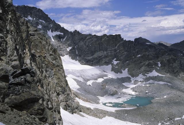 Arapaho Glacier in Colorado, photographed in 2004 by Jon Van de Grift.