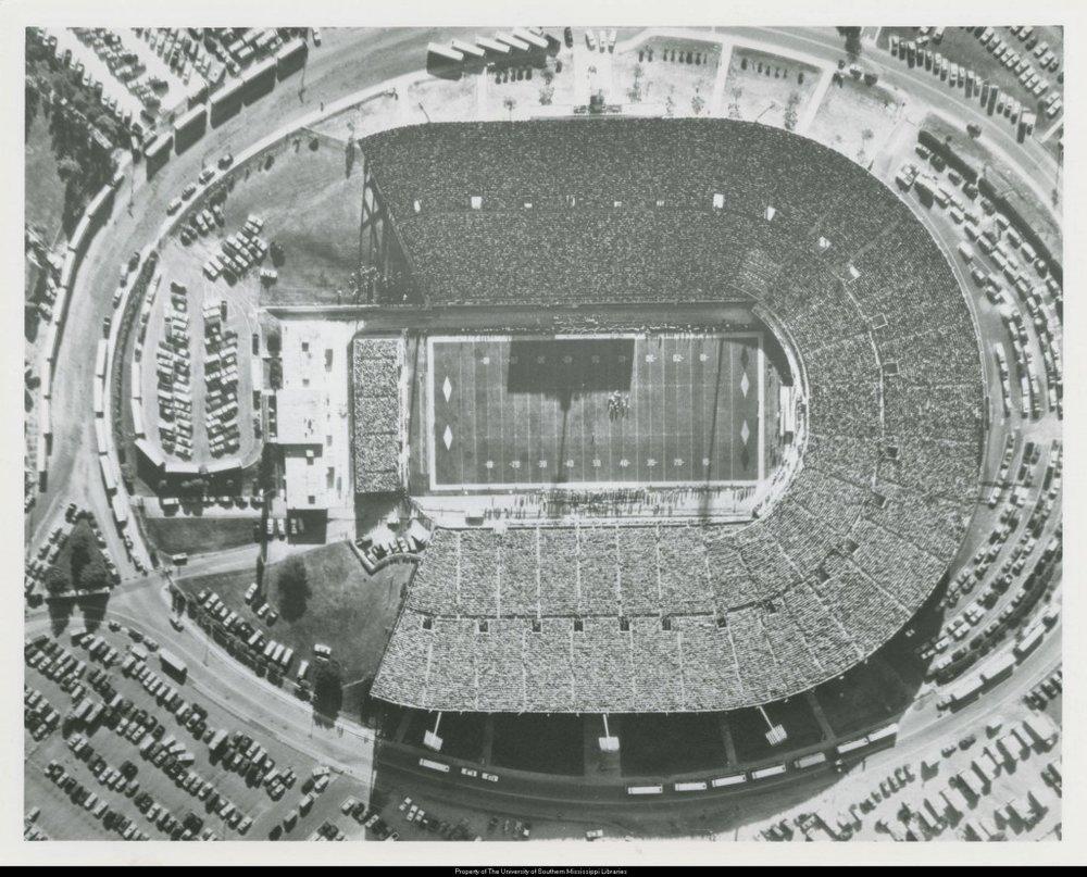 Aerial_view_of_USMMississippi_State_football_game_at_Veterans_Memorial_Stadium_in_Jackson_November_7_1981-1024x826.jpg