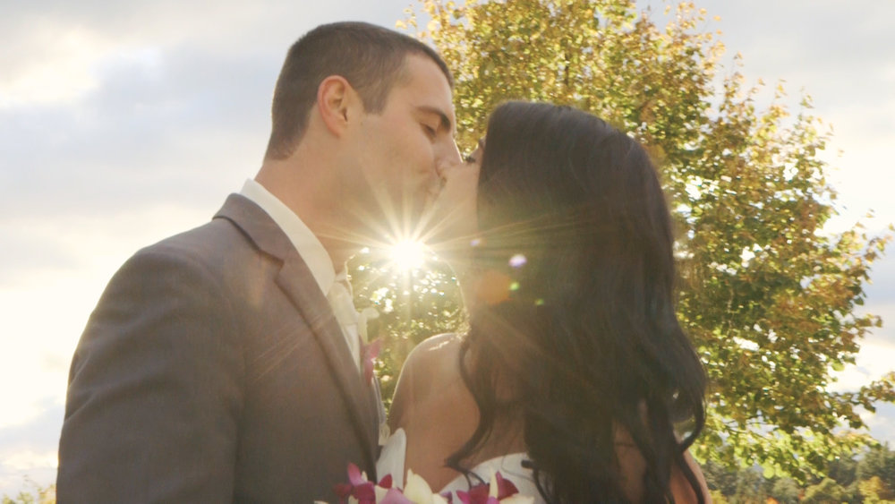 DIAMOND - Maybe your favorite pizza is The Works… or the vegetarian equivalent. In any case, you've got great taste in wedding video packages. This one includes everything from Silver and Gold.